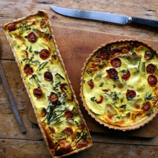 tomato, broccoli & mozzarella quiche
