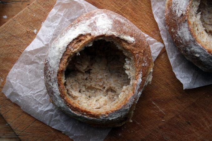 pea soup in bread bowl