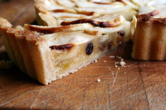 stewed apple tart